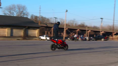 A-rider-performs-amazing-stunts-on-a-motorcycle-1