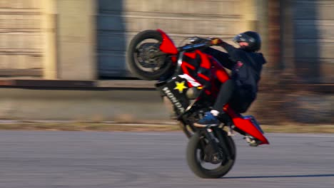 A-rider-performs-amazing-stunts-on-a-motorcycle-2