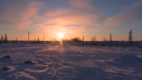 Sunrise-over-frozen-tundra-in-the-Arctic-2
