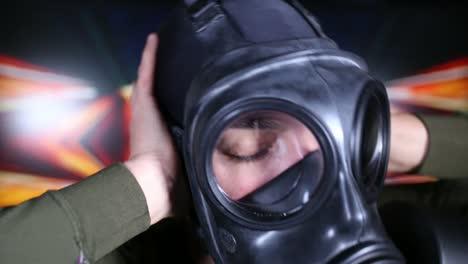 Gas-Mask-08