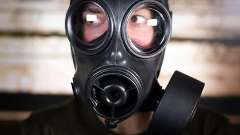 Gas-Mask-Video-07