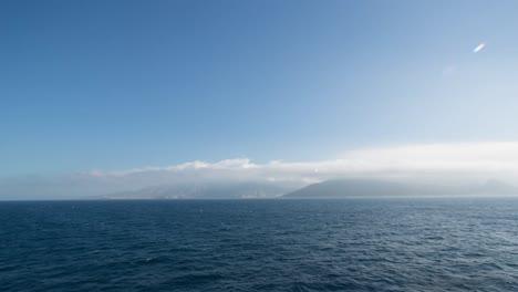Gibraltar-desde-el-mar-00