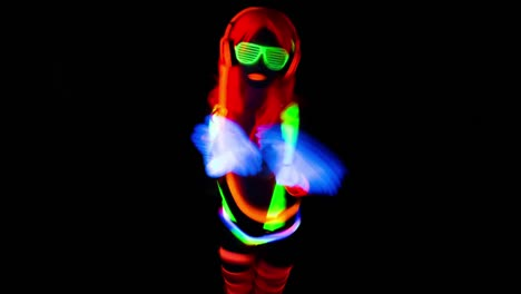 UV-Glowing-Woman-14
