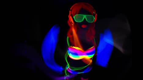 UV-Glowing-Woman-37