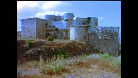 The-Crac-De-Chevaliers-Crusdaer-castle-in-Syria-in-1996