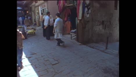 El-Famoso-Zoco-Cubierto-Medieval-De-Allepo-Siria-En-1996-Ahora-Destruido-Por-La-Guerra-1