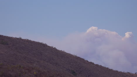 Time-lapse-of-a-huge-smoke-plume-from-wildfires-in-the-Santa-Ynez-Mountains-California-1