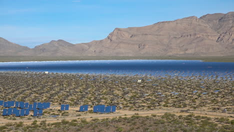 The-massive-Ivanpah-solar-power-facility-in-the-California-desert-generates-electricity-for-America-8