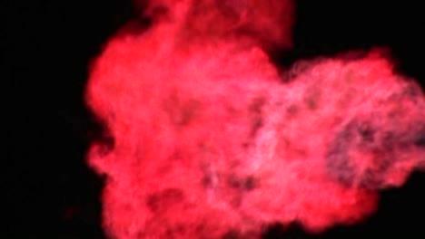 Una-Llama-Gigante-Arde-Como-Una-Antorcha-2
