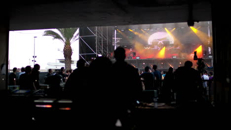 Music-Festival-Sounddesk-00