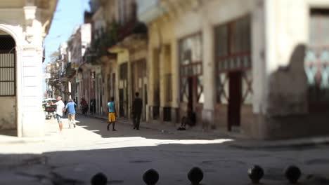 Havana-Tiltshift-01