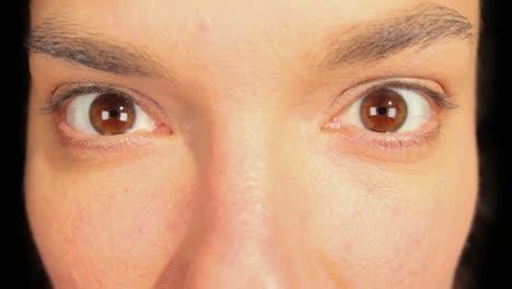 Woman-Eyes-01