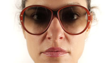 Woman-Sunglasses-00