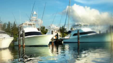 Isla-Mujeres-Boats-15