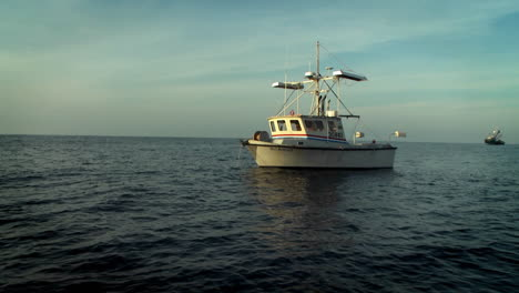 A-fishcutter-navigates-on-the-open-seas