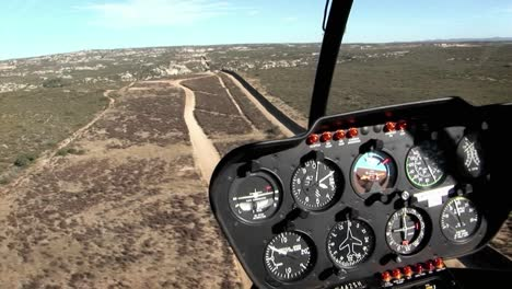 Un-Piloto-Vuela-A-Lo-Largo-De-La-Frontera-Estadounidense