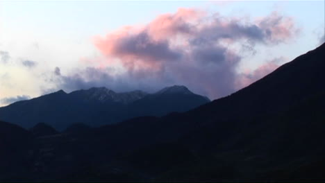 Clouds-pass-over-a-mountainous-area