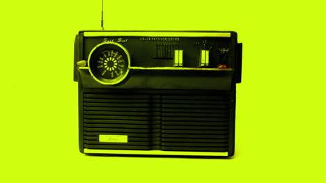 Little-Radio-09