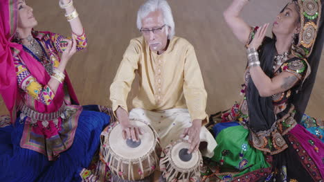 Indian-Percussion-Musician-with-Dancers-11