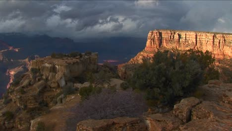 Dark-clouds-move-over-mesas-in-Grand-Canyon-National-Park-in-Arizona
