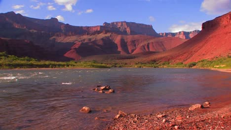 The-Colorado-River-flows-through-a-beautiful-stretch-of-the-Grand-Canyon-2
