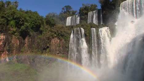 Iguacu-Falls-with-rainbow-in-foreground