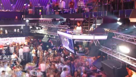 Nightclub-04