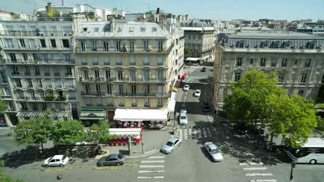 Paris-Street-Scene-00