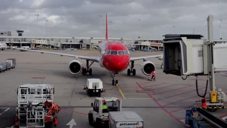 Plane-Arrives-5