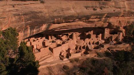 American-Indian-dwellings-at-Mesa-Verde-National-Park-in-Colorado
