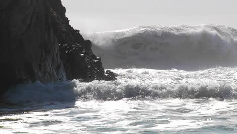 Big-waves-crash-along-the-California-coastline