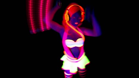 Glowing-UV-Lady-Dancing-24