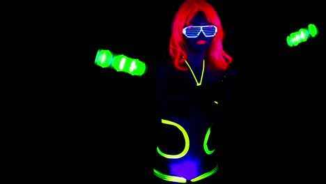 Glowing-UV-Lady-Dancing-38
