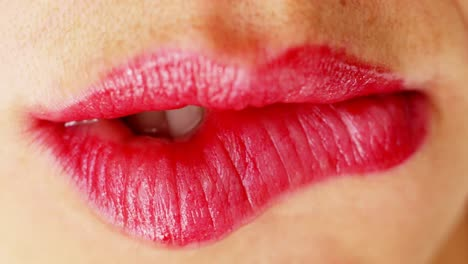 Woman-Multi-Lips-6