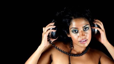 Lady-Wearing-Headphones-09