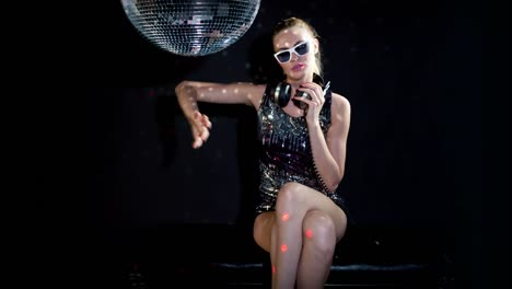 Dancing-with-Discoball-0-10