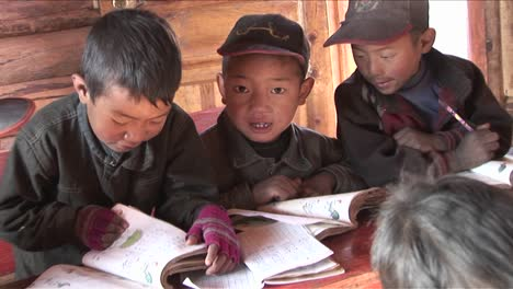 Chinese-children-study-hard-at-a-rural-school