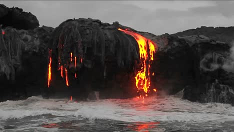 Spectacular-dusk-lava-flow-from-a-volcano-into-ocean-suggest-birth-of-planet