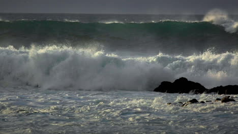 Big-waves-roll-into-a-beach-following-a-big-storm-in-slow-motion