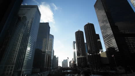 Traffic-passing-by-skyscrapers-in-Chicago