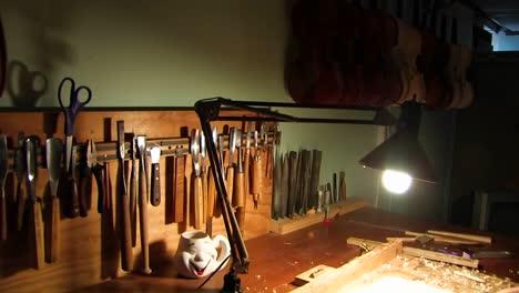 A-man-making-a-violin-