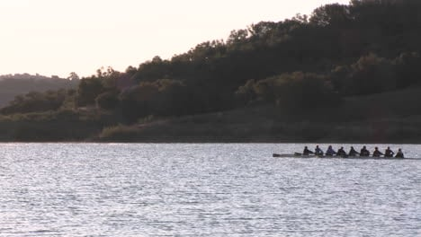Eight-person-rowing-sweep-and-double-scull-on-Lake-Casitas-in-Oak-View-California