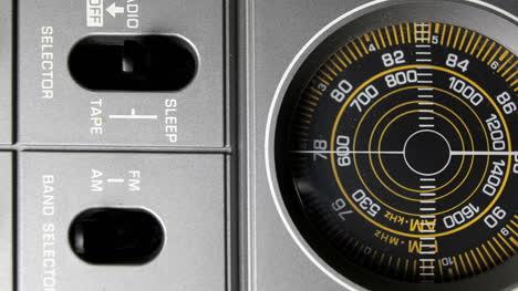 Square-Radio-Closeup-03