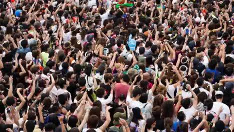 Tokyo-Event-Crowd-03