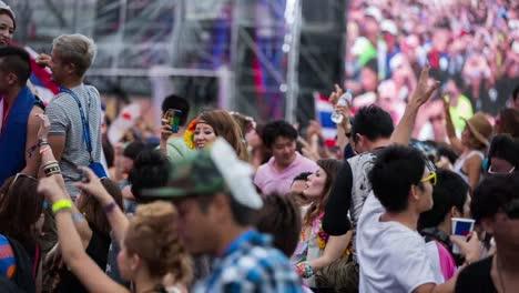 Tokyo-Event-Crowd-09