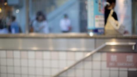 Tokyo-Subway-Rush-01