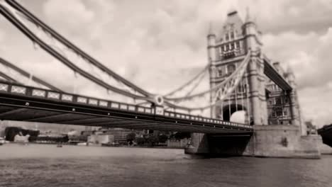 Tower-Bridge-03