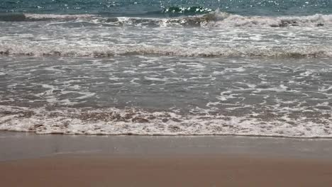 Wiakiki-Beach-01