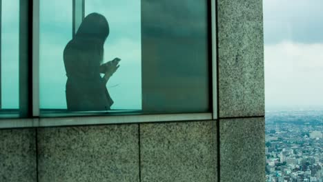 Woman-Shadow-Tokyo