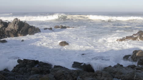 Panning-time-lapse-of-waves-breaking-on-the-rocks-at-Point-Pinos-in-Pacific-Grove-California